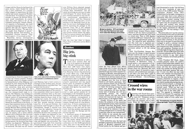 Article Preview: Crossed wires in the war rooms, February 1981 | Maclean's