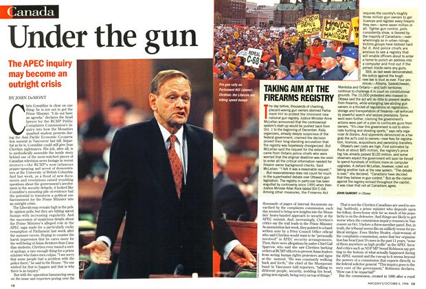 Article Preview: Under the gun, October 1998 | Maclean's