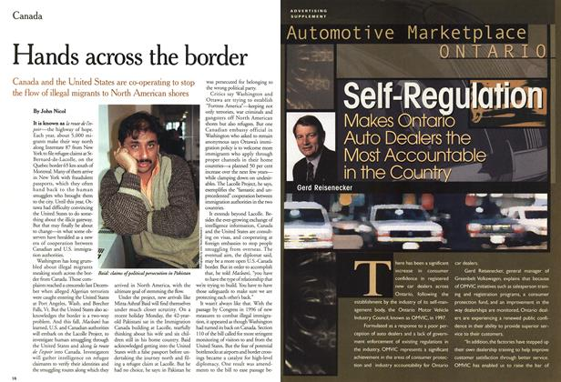 Article Preview: Hands across the border, July 2000 | Maclean's