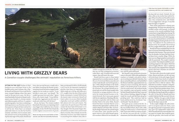 Article Preview: LIVING WITH GRIZZLY BEARS, November 2002 | Maclean's